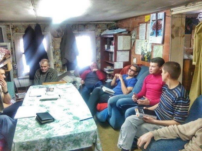 Общение с подопечными реабилитационного центра в Суходоле