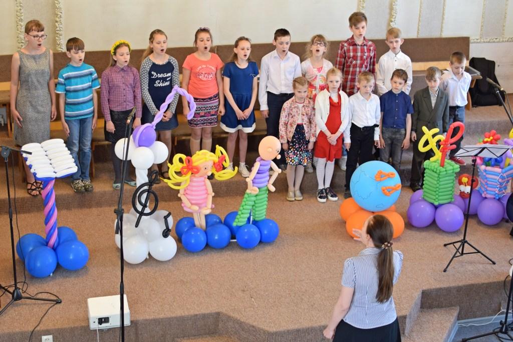 Детский хор церкви Преображения
