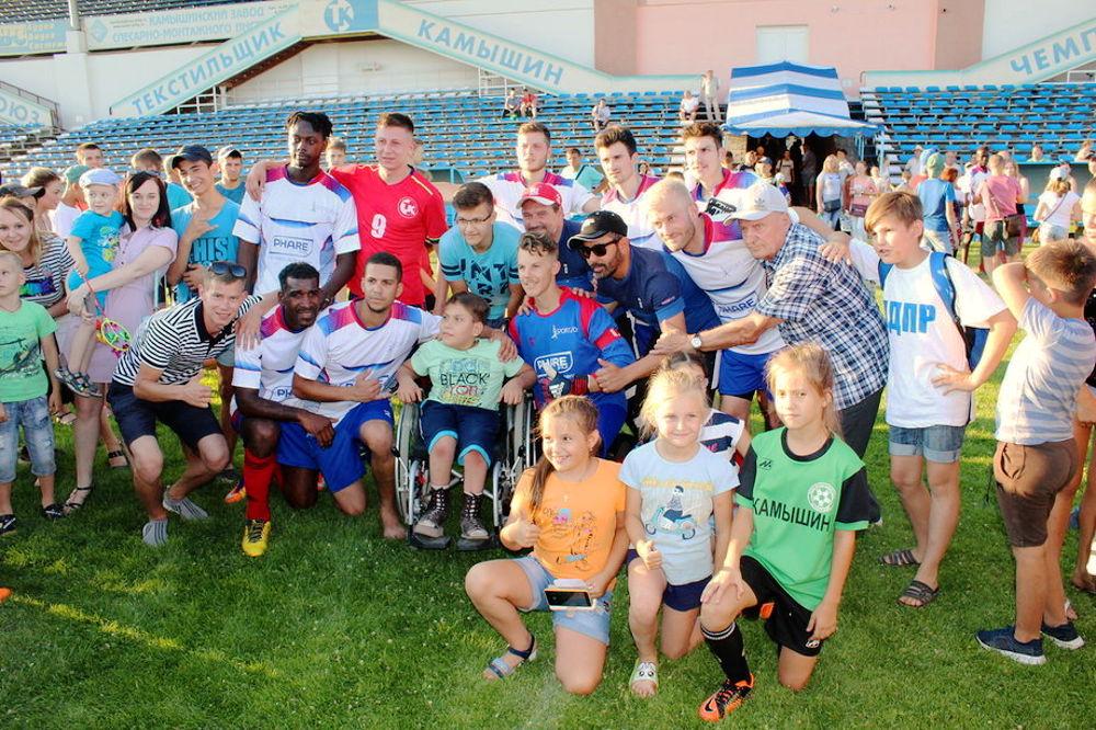 Футболисты из Франции в Камышине - Sport et Foi