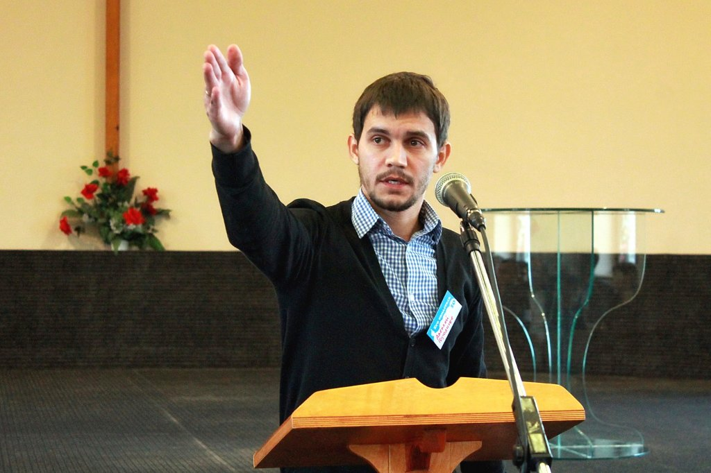 Алексей Гузенков