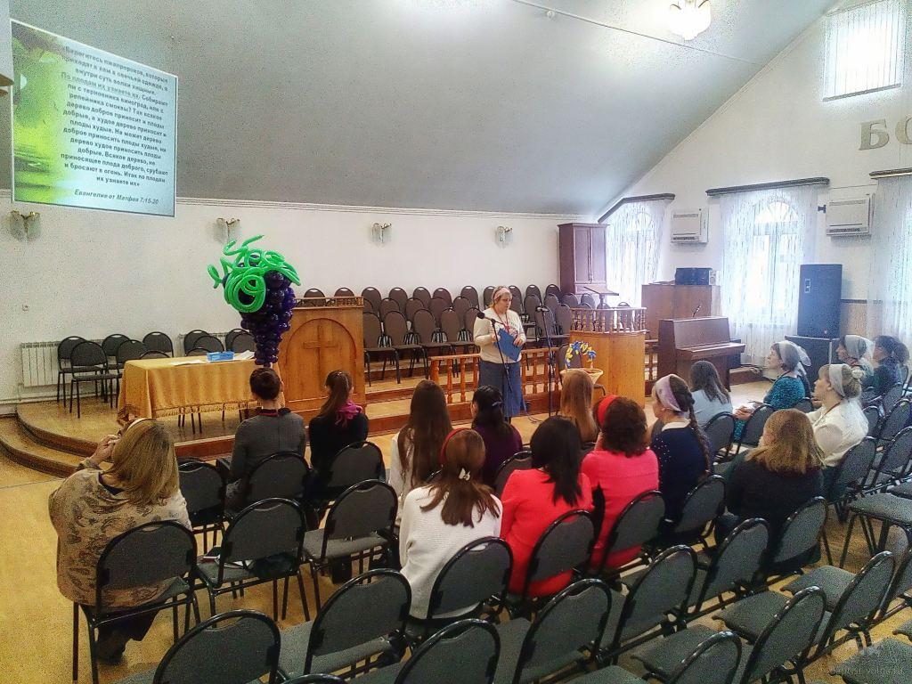 Учителя воскресных школ в Волжской церкви