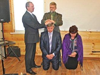 Рукоположение в церкви Возрождение ЕХБ Волгограда